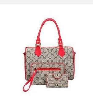 3in1 gucci bag 350 only.. 4colors: red、white、black、gold
