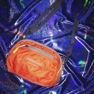 🚚 Mini Bag Orange🧡全新老貨側背小包