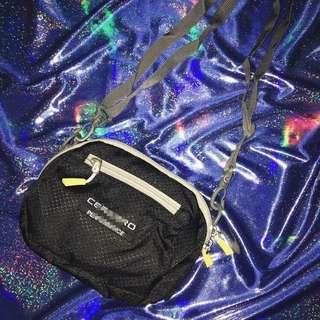 🚚 Mini Bag Black🖤全新老貨側背小包