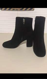 (BN) Alexandra Wang boots