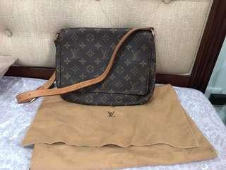 ❗️SALE❗️Authentic Louis Vuitton Monogram Musette Tango Bag