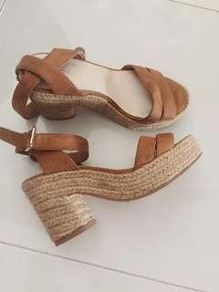 Bershka Platform Sandals in camel