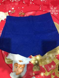 celana pendek blue