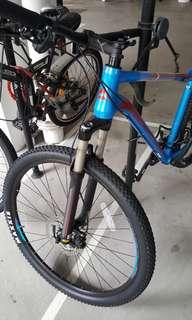 Merida Big Nine 300 Hard Tail Mountain Bike (MTB)