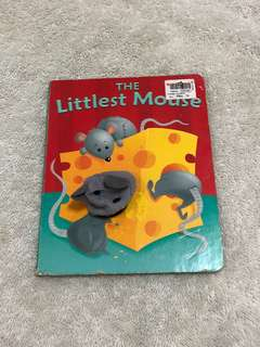 The little mouse puppet book