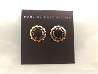 Marc by Marc Jacobs 黑金花花耳環