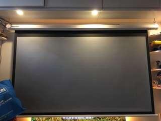 72吋投影灰塑電幕
