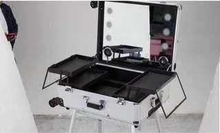 LED Luggage Make up ‼️FREE DOORSTEP DELIVERY‼️