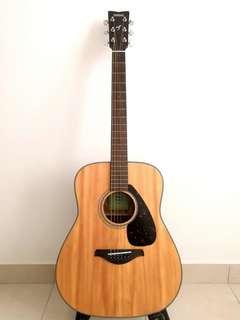 Yamaha acoustic guitar FG800M