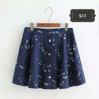 Plus size floral skirt