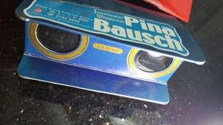 (2001年舞蹈表演)Tanztheater Wuppertal Pina Bausch: Masurca Fogo (香港演出附送望遠鏡2個,藍色,紅色)