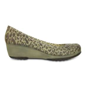 Crocs calisa animal print mini wedge (size 6) brand new