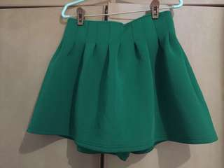 Used Dark Green Skort / short / skirt