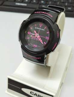 Original G-SHOCK Mini GMN-50 Black Pink