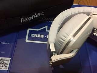 🚚 TutorABC 純白耳機