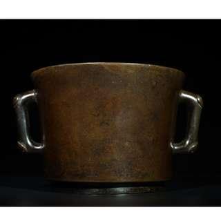 大明宣德年製款銅如意耳筒式爐