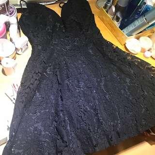 🚚 黑色蕾絲背後交叉綁帶小洋裝宴會小禮服