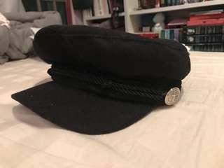Black felt newsboy cap