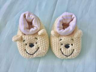 Preloved newborn booties