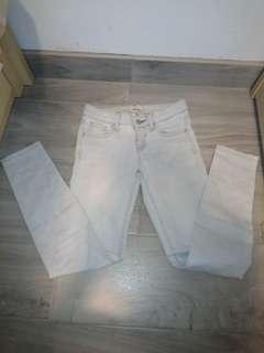 Uniqlo light blue Skinny Jeans #mayflashsale