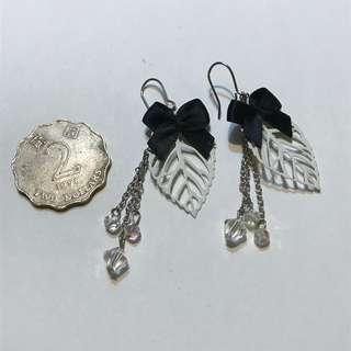 全新 耳環 葉 ribbon leaf earring