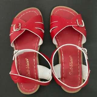 Almost new Salt-water sandals