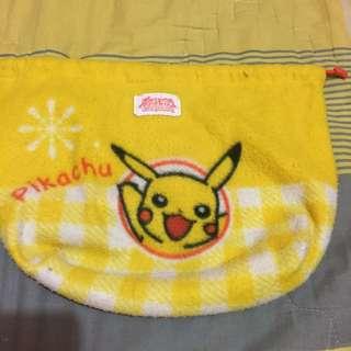 Tas kecil pokemon / pikachu