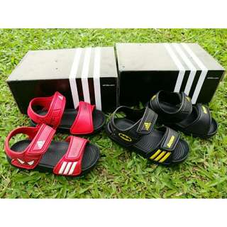 Sandal kids Adidas!