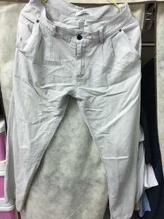 🚚 灰色休閒長褲