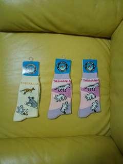 Socks (size 3-8)