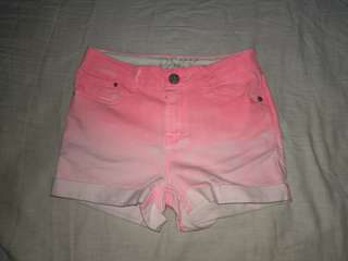 Ombre pink short