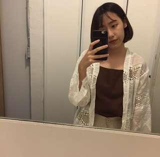 🚚 鏤空蕾絲罩衫