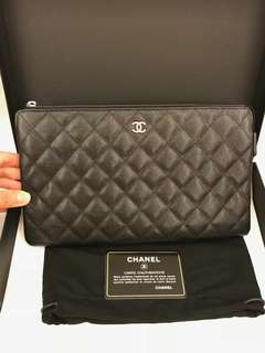 Chanel classic pouch