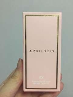 AprilSkin Magic Snow Sun Stick SPF50+ PA++++