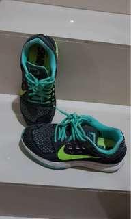 Nike Woman Running Shoes
