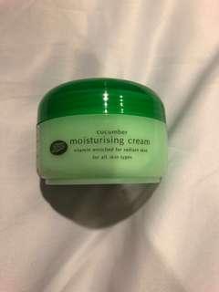 Boots Cucumber Moisturizing Cream