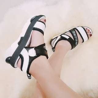 Harajuku Lolita Strappy Platform Sandals (Mono)