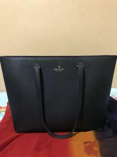 Authentic ♠️ Kate Spade New York Tote Bag with zipper ♠️