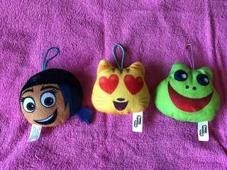 Emoji stuff toys