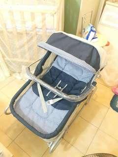 🚚 寶寶搖籃躺椅(有輪子)