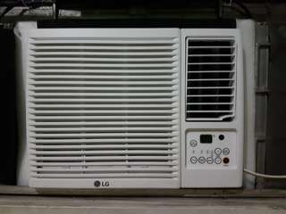For sale. LG 0.75hp Window Type Aircon