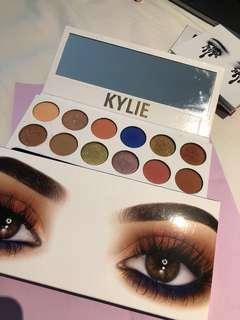 Kylie kyshadow Royal Peach Palette