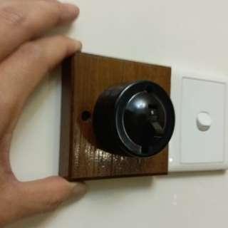 60-70s電木膠開關/燈掣(的掣)~連老舊柚木底板