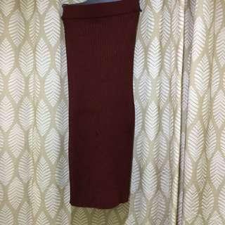 Ribbed knit pencil skirt