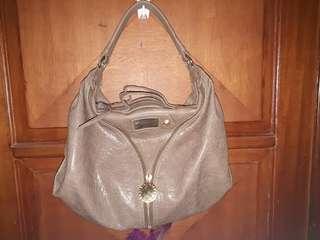 Preloved leather bag