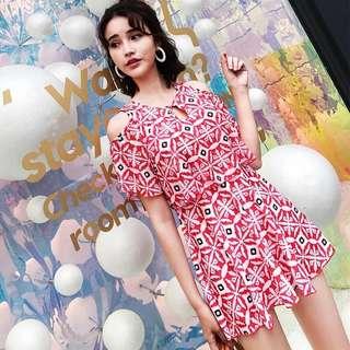 Plus Size Floral Cold Shoulder Keyhole 2 Piece Dress Swim Wear