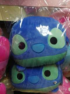 Stitch headrest