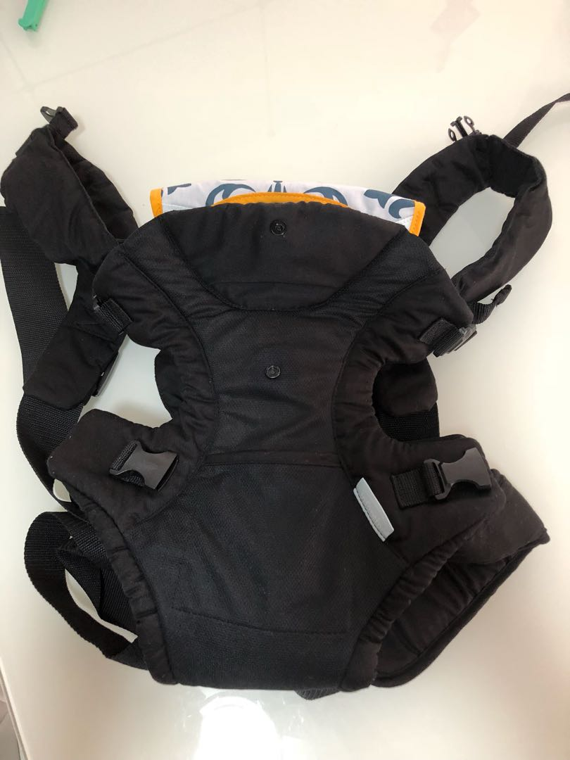 Baby Carrier - infantino on Carousell