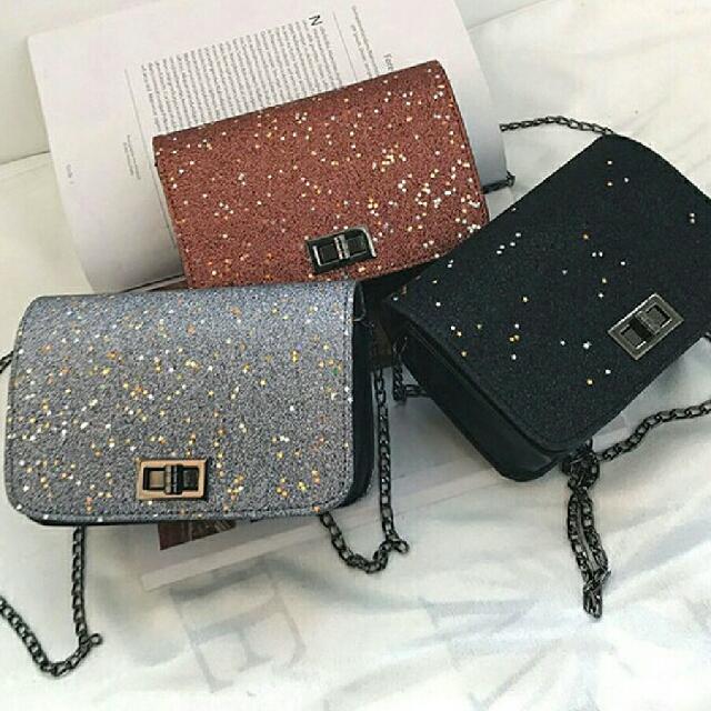 432bc8f9ba9e5e Blink Sling Bag, Women's Fashion, Bags & Wallets on Carousell