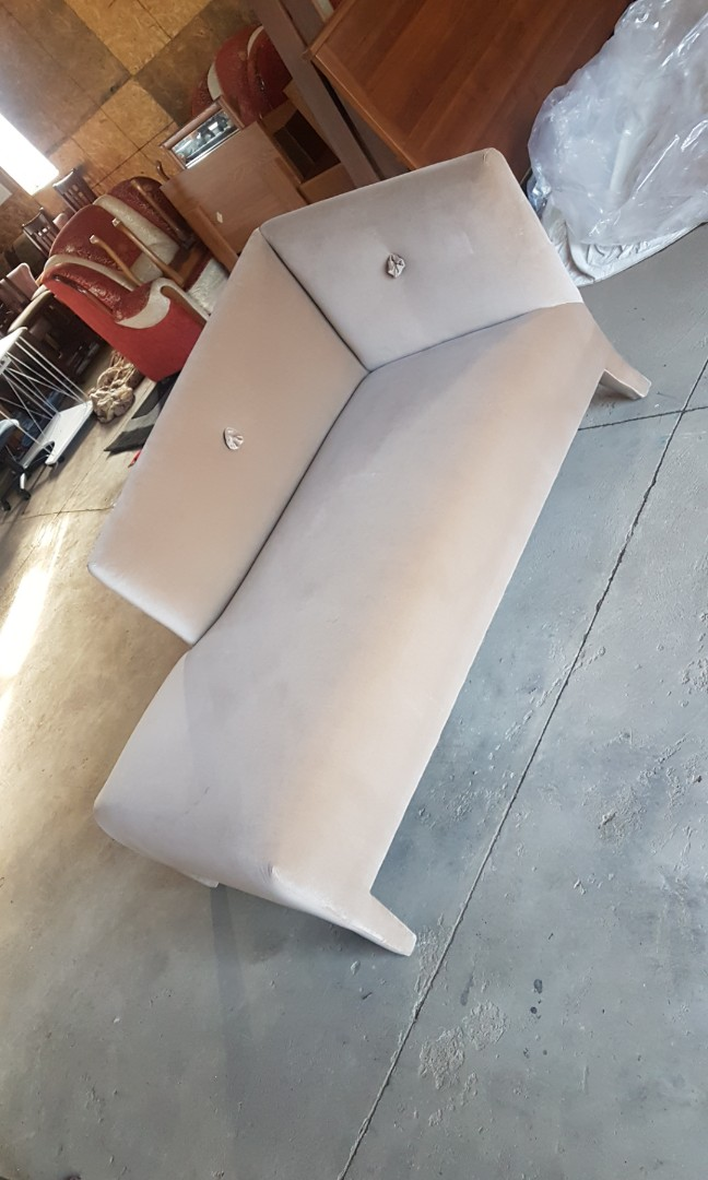 Chaise lounge couch